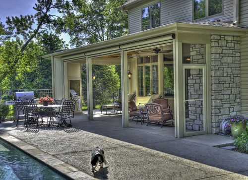 Screen rooms sunroom porches photos chesterfield st for Retractable screen walls