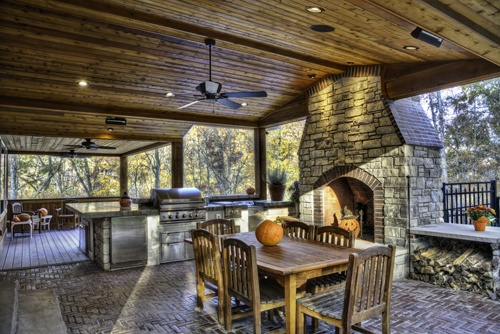 Outdoor kitchens grilling area bbq fireplaces - Covered outdoor living spaces ...
