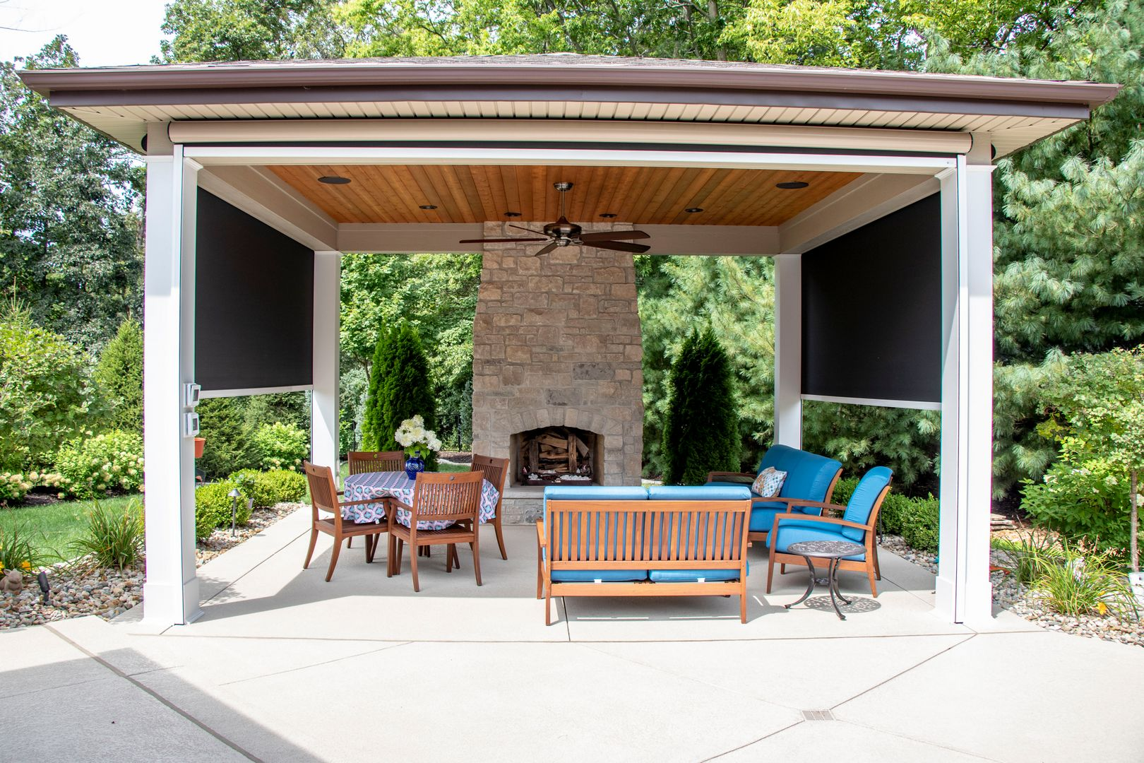 outdoor room with retractable solar screens