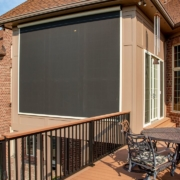 Retractable screen room system