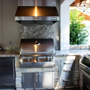 Outdoor Kitchen grill feature